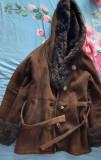 Cojocel de piele autentica cu blana la pretul de 400 lei.Purtat foarte putin., 40, Maro
