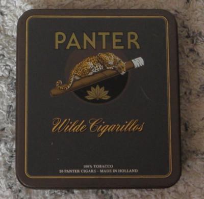 Cutie metalica veche de tigari Panther,Wilde Cigarillos -Holland foto