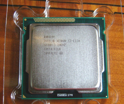 Procesor-Intel Xeon E3-1230-(la fel ca i7/2600)- Socket 1155 foto