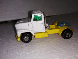bnk jc Matchbox Super Kings K16/18 K-115 - cap tractor Ford LTS