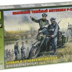 1:35 German R-12 Heavy Motorcycle with rider and officer 1:35