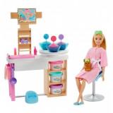 Barbie set de joaca - o zi la salonul spa, Mattel