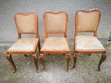 Set 3 scaune vechi, tapitate. (Scaun vechi de lemn tip Thonet)