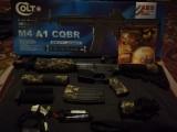 Pușcă airsoft colt M4-CQB AEG cu accesori