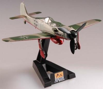 Macheta Easy Model, Germany Fw190 D-9 Dora /JG44 1:72 foto
