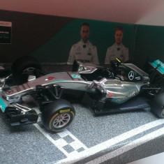 Macheta Mercedes F1 W07 Hybrid Formula 1 2016 - Nico Rosberg - Bburago 1/43