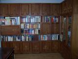Biblioteca incapatoare 5 corpuri (4 duble + 1 simplu) cu dulapuri suprapozabile