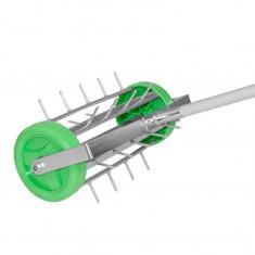 Aerator de gazon rotativ, cu maner detasabil