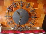 Ceas de perete vintage/fier forjat /Diehl Electronic