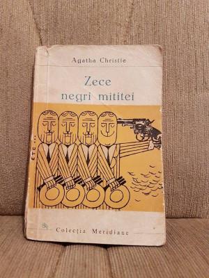 ZECE NEGRI MITITEI-AGATHA CHRISTIE foto