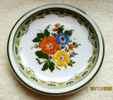 Portelan  Winterling Schwarzenbach.Farfurie decorativa cu flori.Vintage.