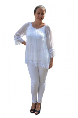 Bluza Anastasia rafinata cu insertii fine de dantela ,nuanta de alb foto