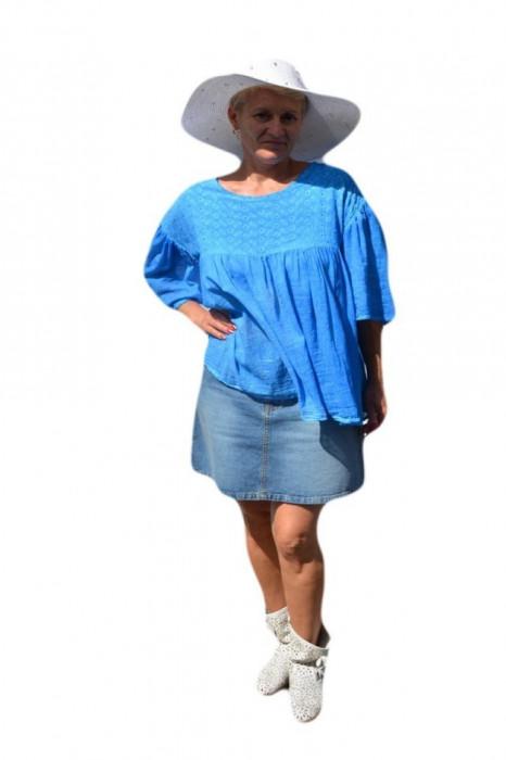 Bluza casual , fronseura ,nuanta de albastru cu broderie