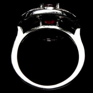 interesant ! inel argint 925 placat aur alb cu rubin natural !!