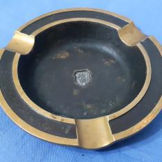 Scrumiera bronz masiv