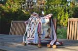 Geantă ornamentată cu motive populare din Muntenia patru cai, flori cuișoare fr