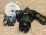 Nikon D40 kit cu obiectiv 18-55mm