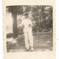 Fotografie ofiter roman in uniforma de vara perioada interbelica