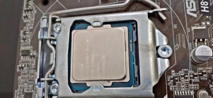 Procesor Intel Core i3-4170, 3.70GHz + Placa de baza ASRock H81M-DG4 Socket 1150