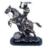 Cumpara ieftin Statueta calaret in armura de lupta pe cal cu sabie, 29 cm, 414GC