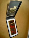 A326-I-Bricheta GS King Japan butane gas lighter alama aurita culoare bachelita.