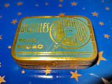 B764-I- Cutie ace patefon veche Aiguilles pour phono cca 200 bucati metal.