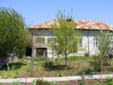 Casa Segarcea - zona centrala - teren 2000 mp