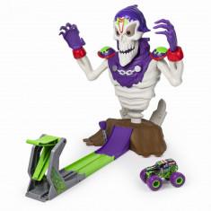 Pista cu lansator masinute Monster Jam - Doboara-l pe Grimm