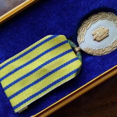Semnul Onorific In Serviciul Armatei XX cu cutie orig