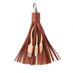Breloc cablu de date cu micro usb, Everestus, KR0103, piele ecologica, metal, maro, laveta inclusa