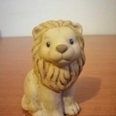 Nina Marco Goebel figurina ceramic leu 8 cm