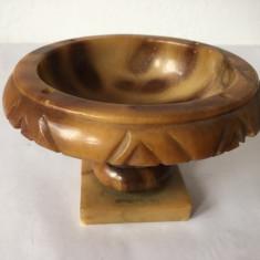 Vas de alabastru de Italia, executata manual, hand carved, Made in Italy, 8x11cm