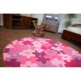 Covor copilăresc Puzzle violet rotund, cerc 133 cm