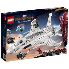 Set de constructie LEGO Super Heroes Avionul Stark si atacul dronei
