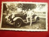Fotografie greceasca cu Automobil de Epoca 1933