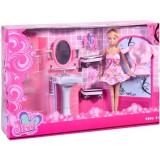 Papusa Betty cu baie, dus, oglinda, chiuveta, halat si accesorii, +3 ani, Roz
