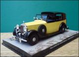 Macheta Rolls-Royce Phantom III (1939) 1:43 Universal Hobbies