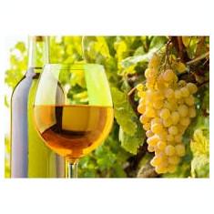 Vin vechi obtinut din soiurile Feteasca regala si Aligote, tratate bio