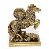 Cumpara ieftin Cal auriu cu moneda pe suport