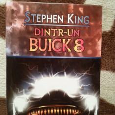 DINTR-UN BUICK 8-STEPHEN KING