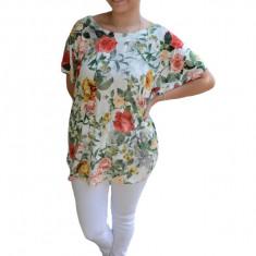 Bluza lejera Deni cu imprimeu floral, motive deep rose, nuanta de alb