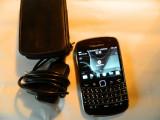 Smartphone BlackBerry Bold Touch 9900  + incarcator si husa, Negru, Neblocat