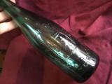 Sticla veche de bere Timisoreana anii 50 perioada RPR cu scris in relief !