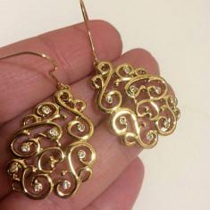 REDUCERE- Cercei eleganti lungi placati cu aur galben 18K si cristale Swarovski