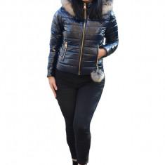 Jacheta Vera casual ,scurta cu aspect lucios ,nuanta de bleumarin