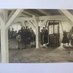 Cumpara ieftin Rara!Fotografie originala 138 x 88 mm localnici din satul Craiva Veche/Alba 1939