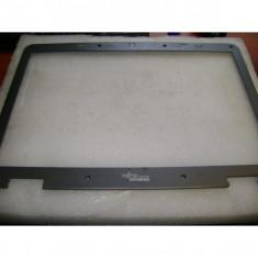 Rama - bezzel laptop Fujitsu Siemens Esprimo V5545