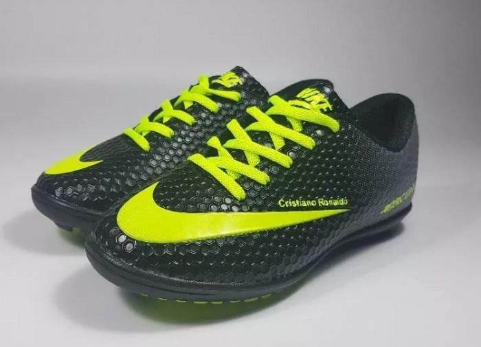 Adidasi fotbal Nike Mercurial