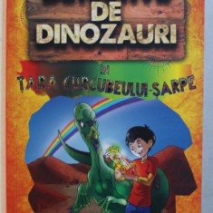 DETECTIVII DE DINOZAURI IN TARA CURCUBEULUI - SARPE - A PATRA CARTE de STEPHANIE BAUDET , 2019