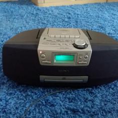 Radio casetofon boombox cu CD Sony CDF-S45L Mega Bass, 0-40 W